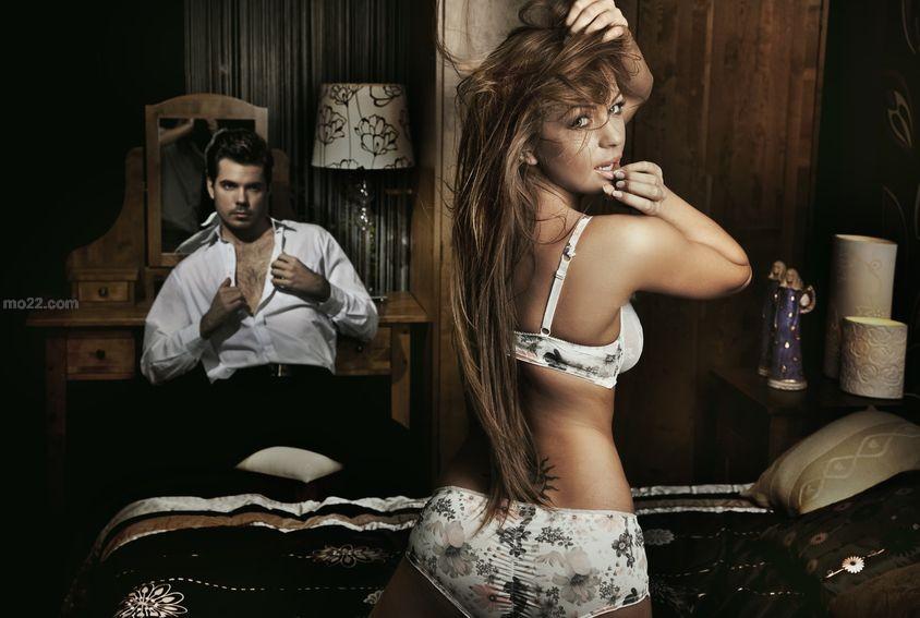 حاسة النظر تزيد من رغبة المرأة الجنسية وبلوغها هزة جماع
