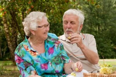 ما هو دور الجد والجدة في العائلة