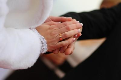 كيف تتجنب الزواج بفتاة أخرى