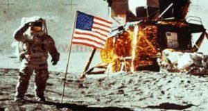 اول رحلة للقمر