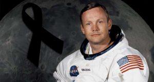 """وفاة """" نيل آرمسترونج """" أول من هبط على سطح القمر"""