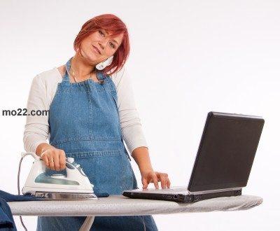 هل يُفضِّل الرجل المرأة العاملة أم ربة المنزل