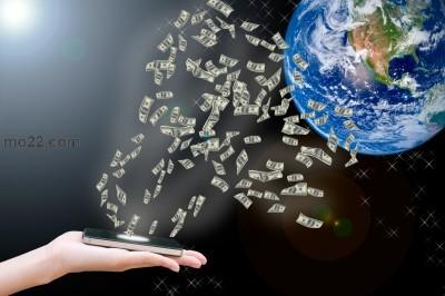 هل أنت مع المعاملات المالية عبر الموبايل