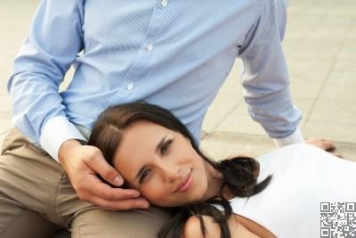 يخضع تحول الصداقة إلى حب لعدة أسباب وظروف، فكيف تتحول الصداقة إلى حب ؟