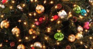 احتفالات ليلة عيد الميلاد (الكريسماس)