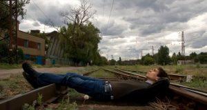 أسباب قرار الانتحار وإنهاء الحياة